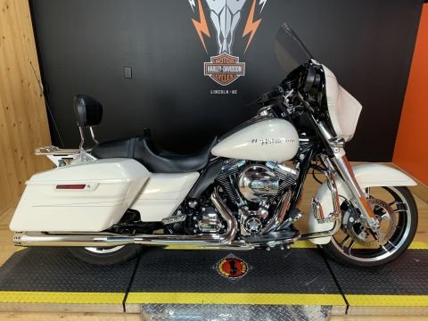 Pre-Owned 2015 Harley-Davidson Touring Street Glide Special FLHXS
